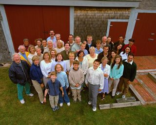 Multigenerational Family Aerial Foto
