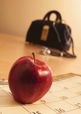 Doc Bag + Apple