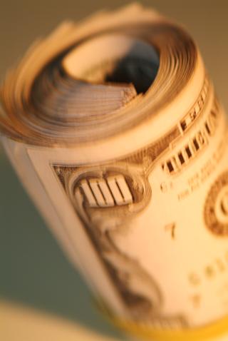 100 dollar bill roll